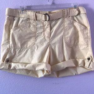 Light yellow Tommy Hilfiger cotton shorts